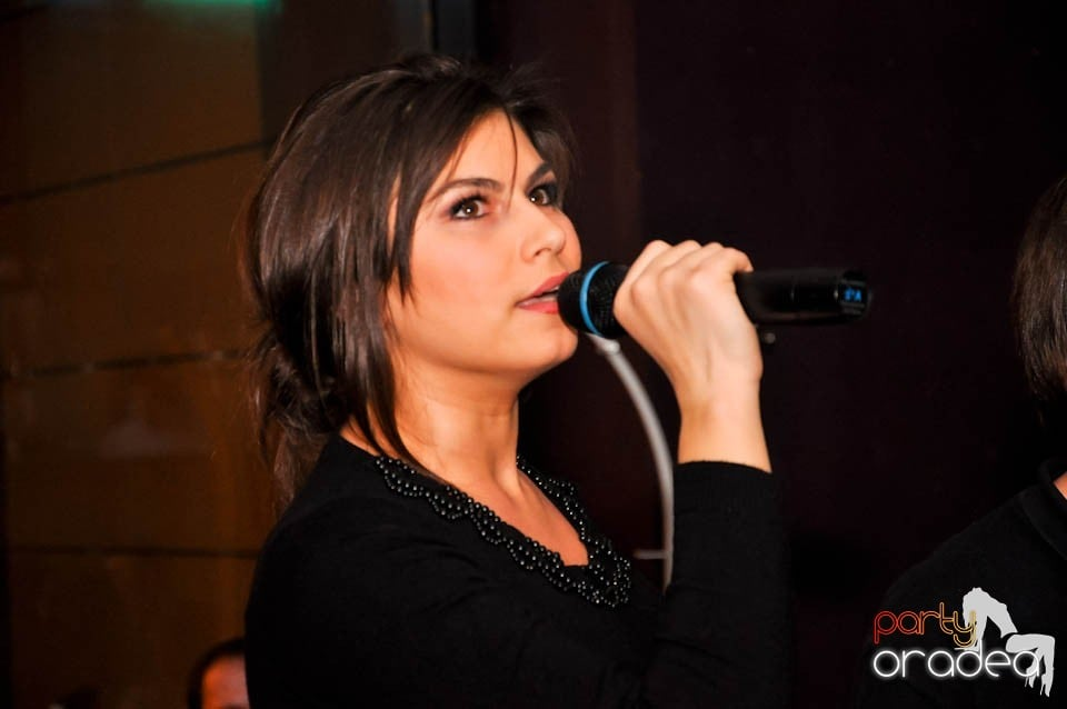 Karaoke Night în Blondy's,