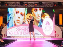 Spring Fashion Show la Lotus Center