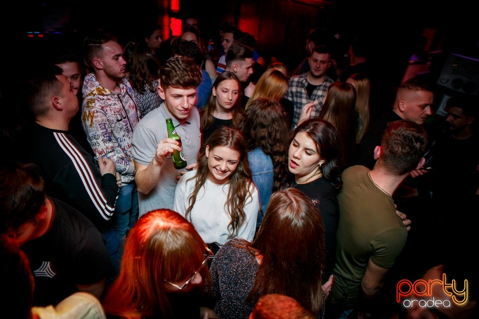 Students Party, Green Pub